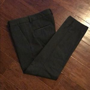 Express Columnist Ankle Pants Size 6. Gray